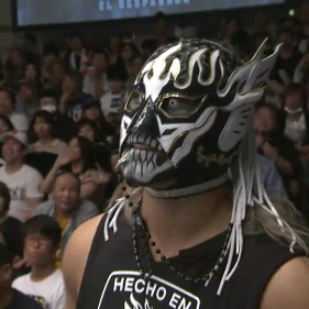 El Desperado, just moments before putting on the match of the night with Dragon Lee