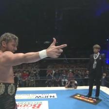 Kenny Omega taunts Tetsuya Naito before the main event