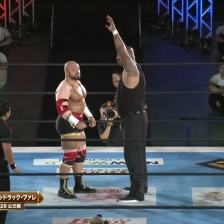 Big Mike doesn't look too big standing next to Bad Luck Fale
