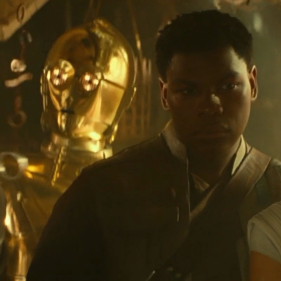 The heroes (from right): Rey, Finn, C-3PO and Poe