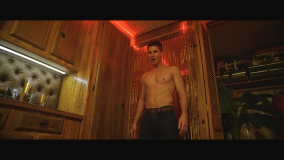 Max (Robbie Amell). back from the dead and as shirtless as ever