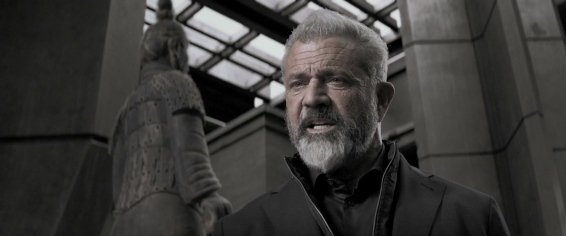 Colonel Ventor (Mel Gibson), the man behind the mystery?